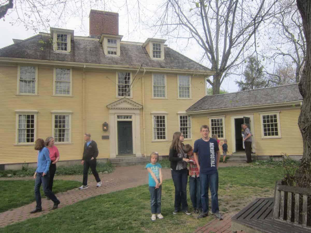 17 Riveting Historic Sites in Boston