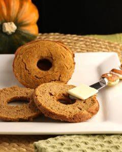 Keto pumpkin bagels
